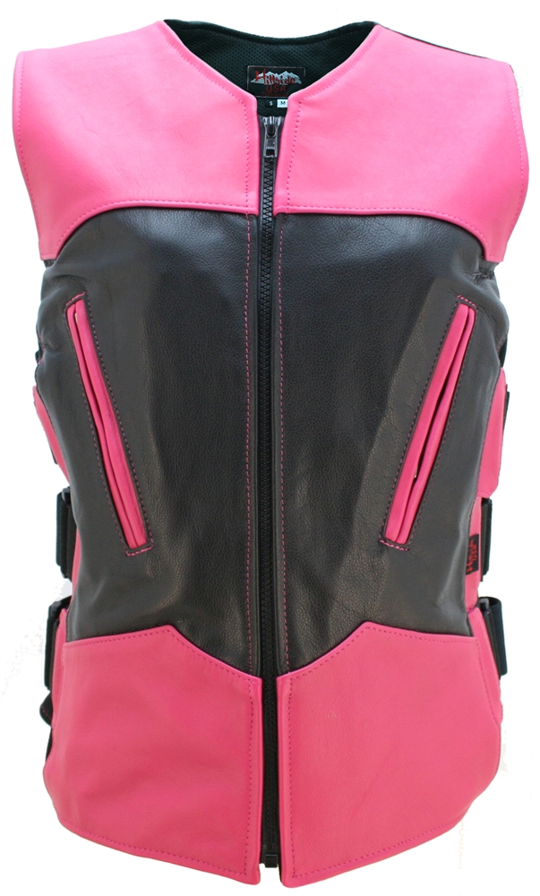 The Women Two Tone Interceptor Black/Hot Pink captures the American spirit with quality craftsmanship and special details. Features: two front cross-draw zippered pockets, triple side straps over heavy spandex side panels for styling and additional size a
