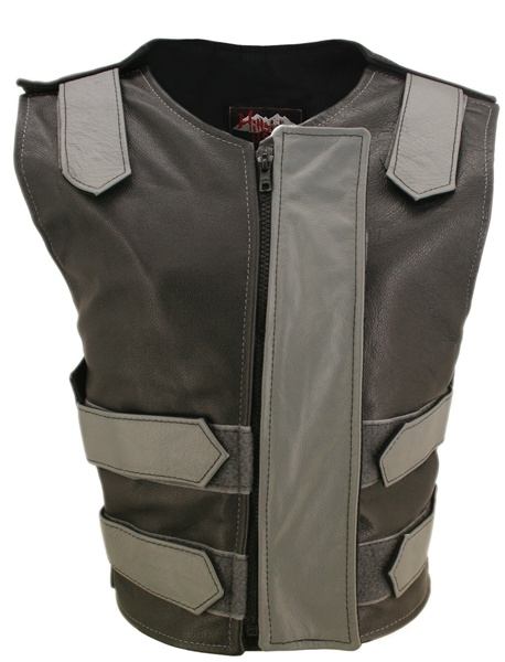 This is the highly stylish Original Bulletproof style vest with Removable flap by Hillside USA. This versatile vest has been beautifully designed in 1.2 top grain cowhide leather for the perfect finishing touch. This original style is loaded with innovati